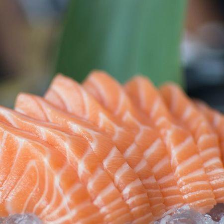 sashimi saki zalm10 stuks