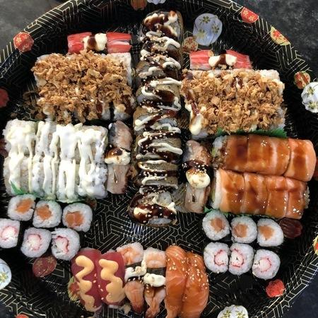 sushi schotel 62 stuks