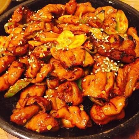 BBQ kip met (rijst of noodle )